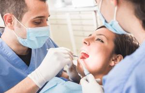 Layanan Klinik Gigi dan Praktek Dokter Gigi Terbaik